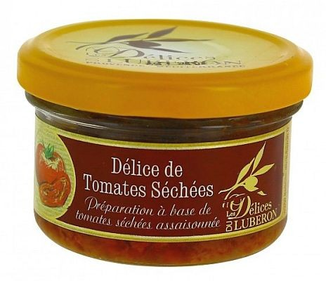 Getrocknete Tomaten und französischer Mozzarella